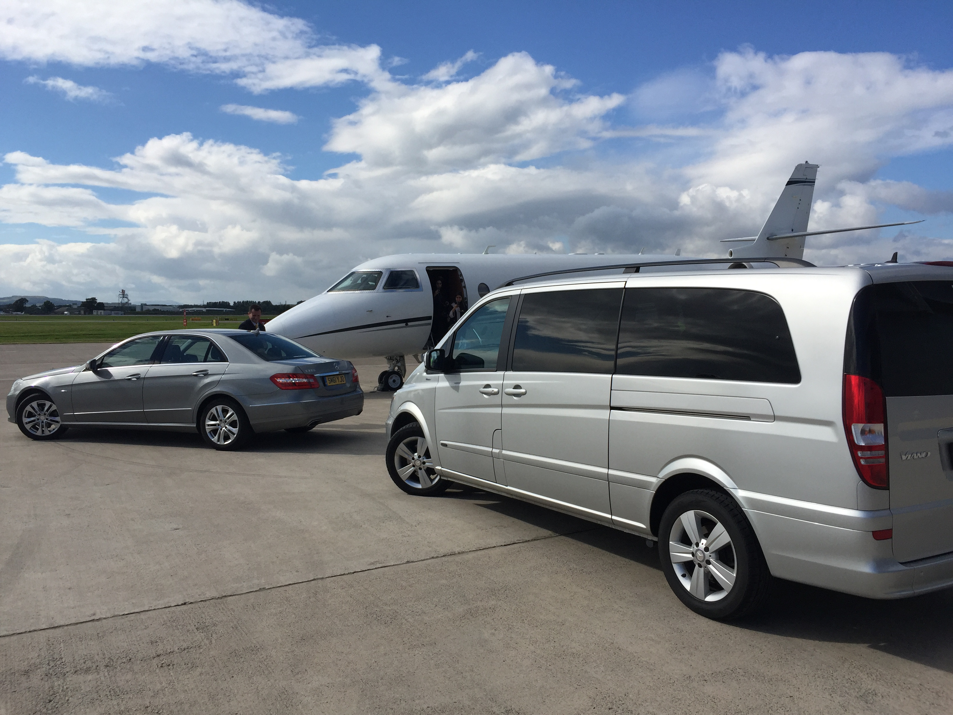 Private Jet Business Jet FBO Transportation Edinburgh Airport