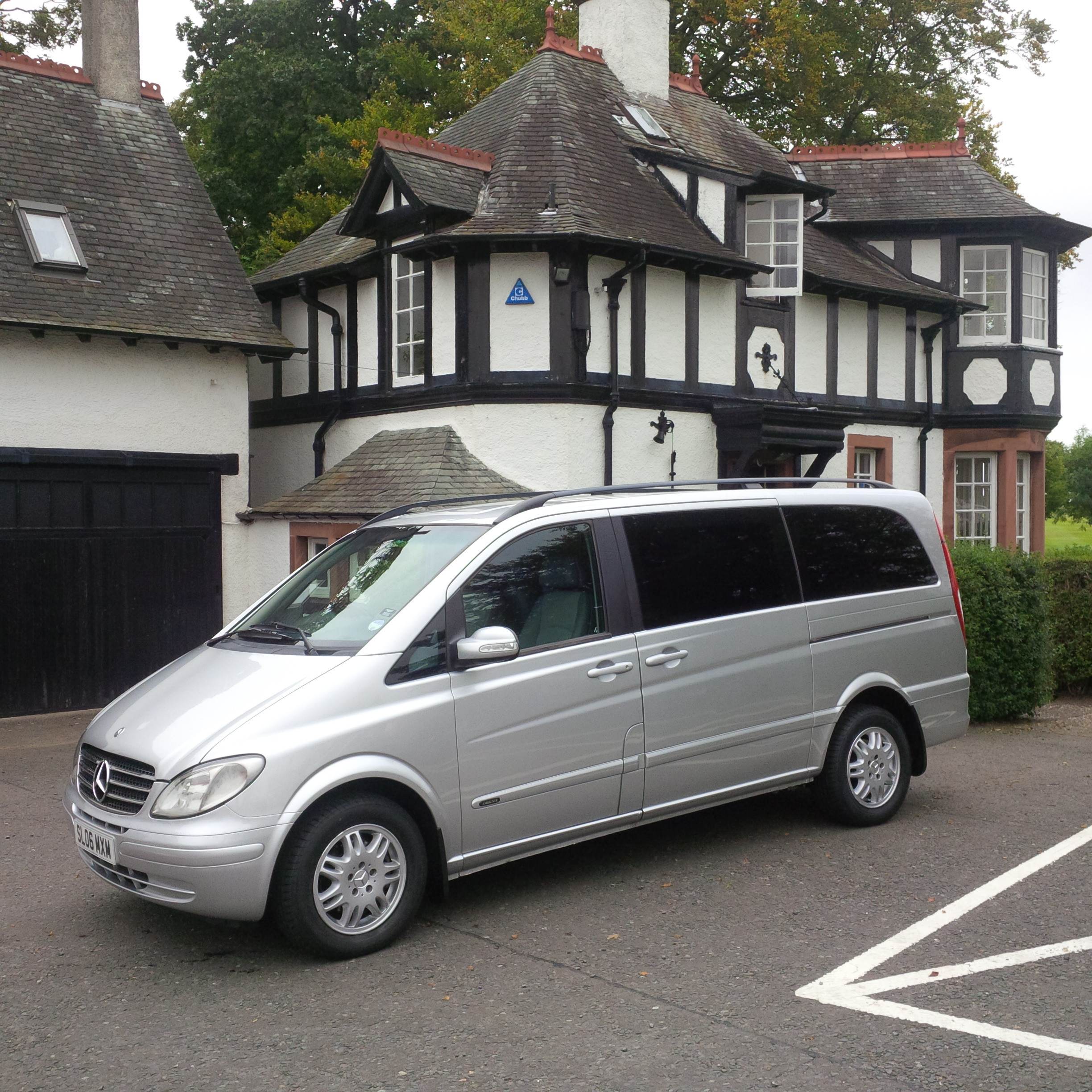 Mercedes Luxury People Carrier MPV